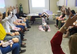 ses arlilnda maques promove capacitacao massagem 2 270x191 - Servidores do Hospital Arlinda Marques participam de capacitação sobre a massagem Shantala