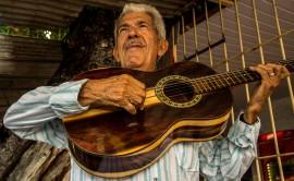 Ivanildo Vila Nova1 Foto JuBrainer 270x166 - Ivanildo Vila Nova faz palestra sobre Zé Limeira, no Espaço Cultural