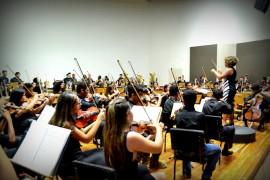 PRIMA maestrina Priscila1 270x180 - Concerto Natalino: alunos do Prima apresentam composições de Ari Barroso a Tchaikovsky