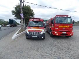 bombeiros 270x202 - Corpo de Bombeiros atendeu 489 ocorrências no fim de semana