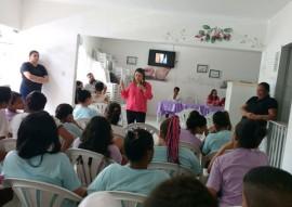 fundac adere a campanha do outubro rosa 2 270x191 - Fundac adere à campanha Outubro Rosa e ministra palestra sobre câncer de mama para socioeducandas
