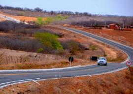ricardo inaugura estrada de sossego foto jose marques 1 270x191 - Governador inaugura barragem, escola e estrada em Sossego