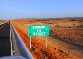 ricardo inaugura estrada de sossego foto jose marques 2 270x191 - Governador inaugura barragem, escola e estrada em Sossego