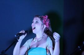 marta sanchís 270x179 - Projeto Cambada apresenta show 'Daqui (com sotaque) de lá' neste sábado