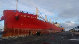 navio1 270x151 - Dois navios atracam no Porto de Cabedelo com mais de 33 mil t de derivados de petróleo