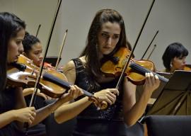 orquestra sinfonica jovem robertoguedes 2 270x192 - Orquestra Sinfônica Jovem apresenta 8º concerto oficial nesta quinta-feira