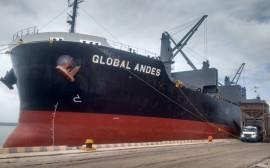 porto cabedelo recebe navio dos Estados Unidos 1 270x168 - Porto de Cabedelo recebe 12 mil toneladas de petcoque dos Estados Unidos