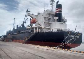 porto cabedelo recebe navio dos Estados Unidos 3 270x188 - Porto de Cabedelo recebe 12 mil toneladas de petcoque dos Estados Unidos