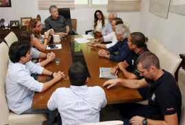 ricardo recebe automobilismo internacional foto francisco franca 1 270x183 - Ricardo recebe organizadores de evento internacional de kart que deve acontecer na Paraíba