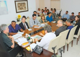 ricardo reuniao com trabalhadores rurais 4 270x191 - Ricardo se reúne com representantes do movimento dos atingidos pela Barragem de Acauã