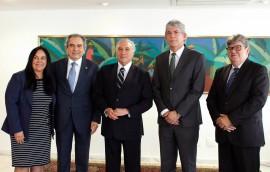 ricardo reunido com temer foto assessoria nacom 2 270x172 - Ricardo discute pleitos da Paraíba com o presidente Michel Temer