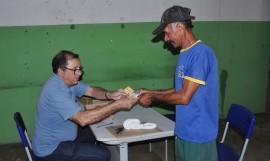 10 12 16 Abono Natalino Em Capim Foto Alberto Machado 3 270x161 - Governo começa a pagar abono natalino para mais de 500 mil famílias