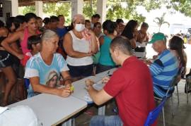 10 12 16 Abono Natalino Em Capim Foto Alberto Machado 4 270x179 - Governo começa a pagar abono natalino para mais de 500 mil famílias