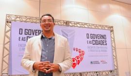 ENCONTRO PREFEITOS GIVANILDO foto jose marques 270x158 - Temas Educação e Orçamento Democrático encerram Encontro O Governo e as Cidades