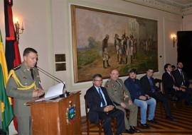 policia militar condecora com medalhas foto vanivaldo ferreira 188 270x191 - Casa Militar do Governo completa 59 anos e homenageia civis e militares