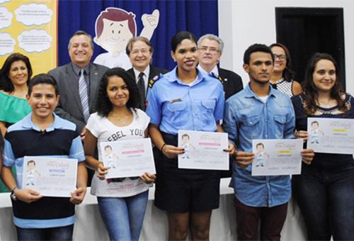 receita alunos da rede publica vencem concurso arte cidada (3)