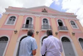 ricardo visita o teatro santa rosa foto jose marques 5 270x183 - Ricardo e artistas realizam visita técnica ao Teatro Santa Roza