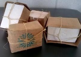 seap entrega de material de limpesa na vila vicentina 2 270x191 - Seap entrega materiais de limpeza produzidos pelos reeducandos à Vila Vicentina