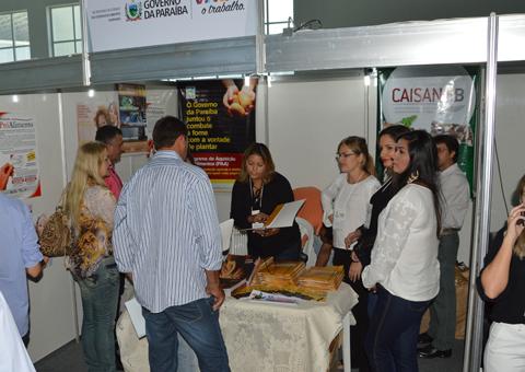 sedh estado expoe acoes da area social e seguranca alimentar em encontro de prefeitos foto alberto machado (5)