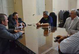 02.01.17 audiencias governador adriano © roberto guedes 7 270x184 - Governador em exercício se reúne com equipe administrativa e recebe deputados