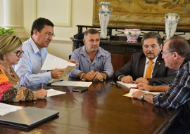 03.01.17 governador adriano_recebe prefeito_parari © roberto guedes (55)