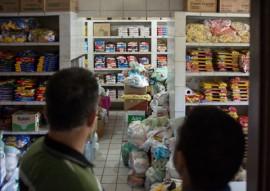 FUNESC entrega 300kg de alimentos a vila vicentina foto Thercles Silva 3 270x191 - Funesc entrega à Vila Vicentina 300 kg de alimentos arrecadados em concerto da OSPB