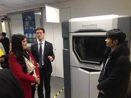 Lígia visita fábrica de impressora 3D 270x202 - Lígia discute cooperação com fábrica de impressoras 3D em Xangai