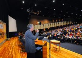 ricardo assina pacto social foto jose marques 2 270x191 - Ricardo lança Pacto pelo Desenvolvimento Social 2017 com foco na melhoria da educação paraibana