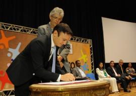 ricardo assina pacto social foto jose marques 5 270x191 - Ricardo lança Pacto pelo Desenvolvimento Social 2017 com foco na melhoria da educação paraibana