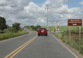 ricardo entrega PB 004 sape a bayeux foto francisco franca 6 270x191 - Caminhos da Paraíba: Ricardo entrega restauração de estrada que beneficia 270 mil habitantes
