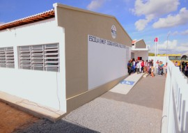 ricardo entrega escola em remigio foto jose marques 5 270x191 - Ricardo inaugura escola que beneficia estudantes da zona rural de Remígio