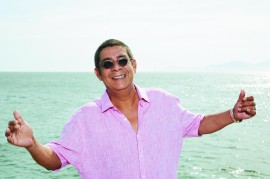 09. Zeca Pagodinho Foto Guto Costa 270x179 - Funesc inicia vendas para show de Zeca Pagodinho em João Pessoa