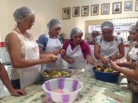 31.03.17 Emater 2 270x202 - Agricultoras participam de curso sobre manipulação de alimentos
