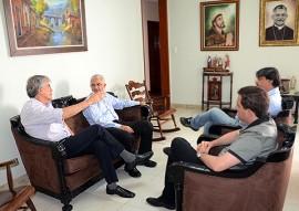 ricardo visita novo arcebispo pb foto claudio goes 71 270x191 - Ricardo dá boas-vindas ao novo Arcebispo Metropolitano da Paraíba