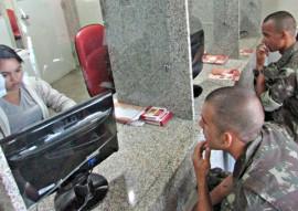 ses hemocentro soldados do exercito realizam doacao de sangue foto ricardo puppe 1 270x191 - Soldados do Exército fazem doação de sangue no Hemocentro