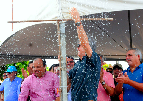 ricardo entrega estacao de tratamento de agua em princesa isabel foto jose marques (3)