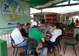 EMATER na expapi atrai estudantes e agricultores 2 270x191 - Ações da Emater apresentadas em stand na Expapi atrai estudantes e agricultores