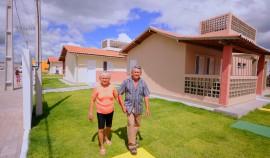 GUARABIRA CIDADE MADURA JOSE E MARIA MORADORES 270x158 - Em Guarabira: Ricardo inaugura o quarto condomínio Cidade Madura da Paraíba