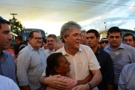 ODE GUARABIRA 14 270x180 - Ricardo entrega ônibus, laboratórios de informática e carteiras escolares no ODE de Guarabira