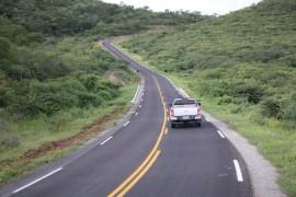 carrapateira francisco frança 270x180 - Ricardo entrega estrada de Carrapateira e decreta fim do isolamento asfáltico na Paraíba