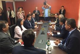 ligia participa de encontro de governadores 3 270x183 - Vice-governadora participa de reunião de governadores em Brasília
