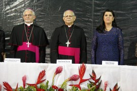 posse arcebispo foto junior fernandes 270x180 - Vice-governadora participa de solenidade de acolhida a Dom Delson