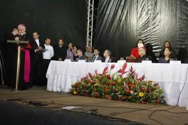 posse arcebispo3 foto junior fernandes 270x180 - Vice-governadora participa de solenidade de acolhida a Dom Delson