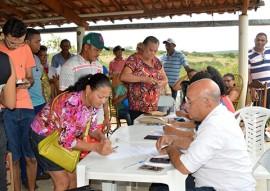 sedh Entrega de Filtros em Comunidades Quilombolas em Pombal Foto Alberto Machado 5 270x191 - Sedh entrega filtros cerâmicos do Programa Viva Água na cidade de Pombal