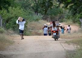 sedh Entrega de Filtros em Comunidades Quilombolas em Pombal Foto Alberto Machado 9 270x191 - Sedh entrega filtros cerâmicos do Programa Viva Água na cidade de Pombal