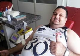 ses torcedores participam de doacao de sangue 2 270x191 - Torcida do Vasco participa de campanha de doação de sangue no Hemocentro