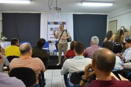 Unicef fotos claudia belmont 79 270x179 - Governo entrega kit's de informática para municípios aprovados com Selo Unicef