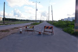 der obras perimetral sul foto walter rafael 221 270x183 - Governo do Estado intensifica obras de pavimentação da Avenida Perimetral Sul