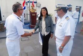ligia na cerimonia da marinha foto ascom da capitania dos portos 2 270x183 - Vice-governadora participa de cerimônia da Batalha Naval do Riachuelo