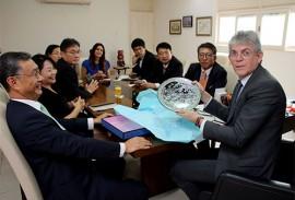 ricardo recebe embaixador da correia Jeong Lee foto francisco franca 2 270x183 - Ricardo mostra potencialidades da Paraíba e discute parcerias com embaixador da República da Coreia